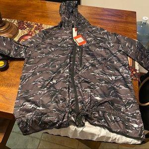 Nike Woman's Zipup jacket 2x
